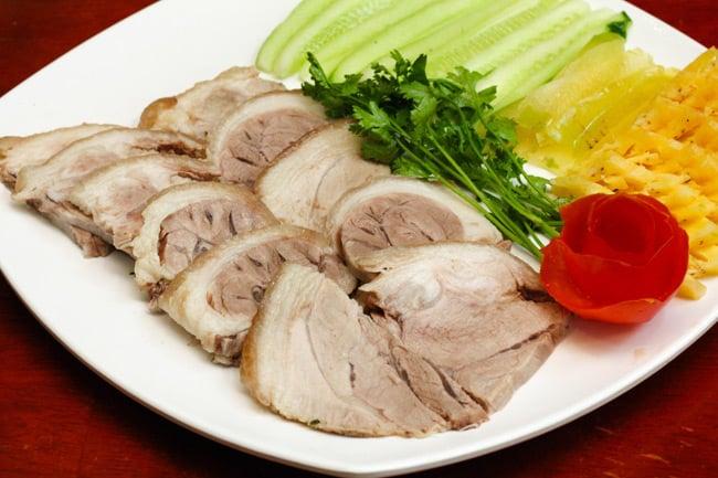 Đời sống - Mẹo đơn giản để luộc thịt lợn cực nhanh, ngon, ngọt khiến cả nhà đều mê