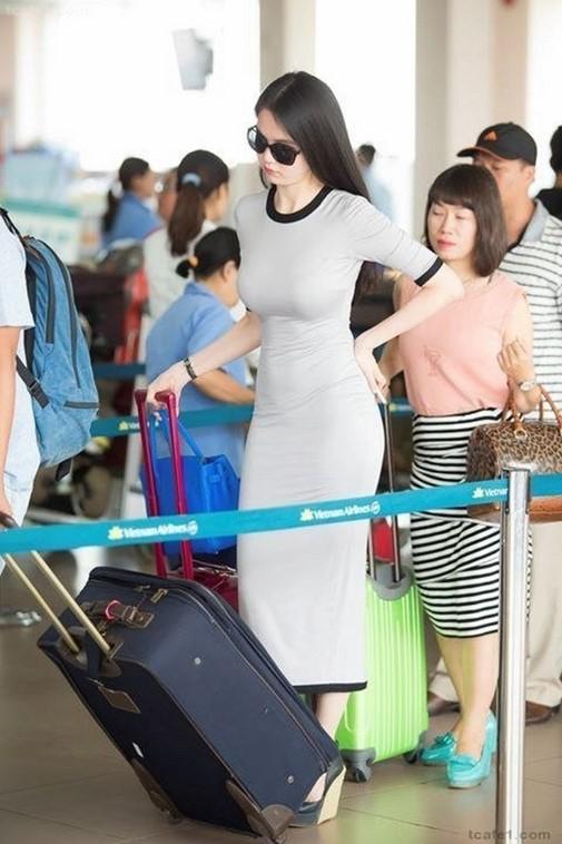 Ngọc Trinh được trang tin Hàn Quốc hết lời khen ngợi 2