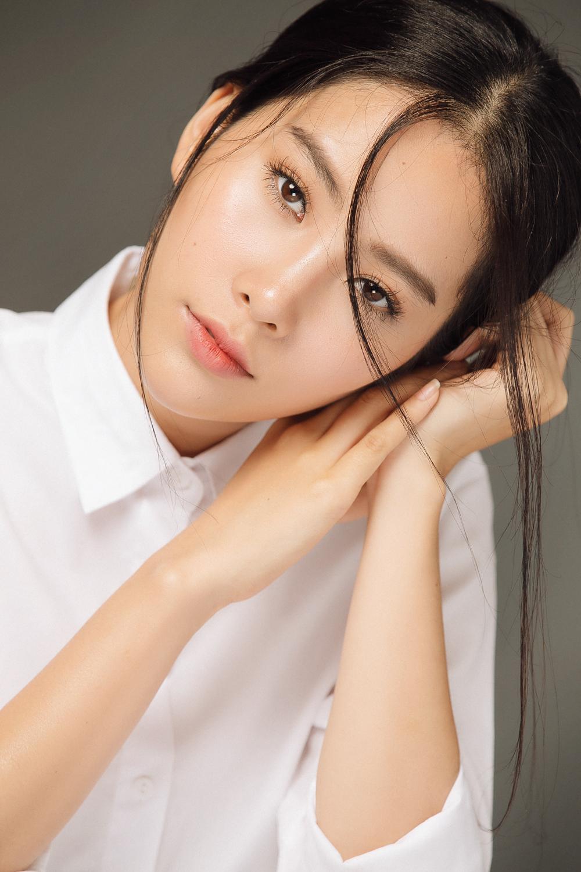 Nam Em lọt vào danh sách Top 50 hoa hậu đẹp nhất năm 2016 4