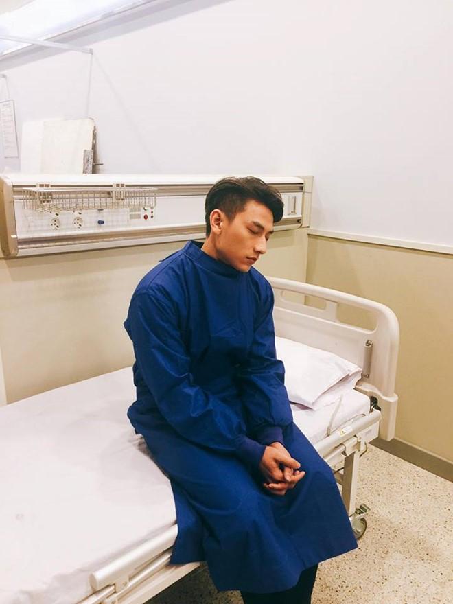 Isaac nhập viện vì làm việc quá sức ở Hàn Quốc 1