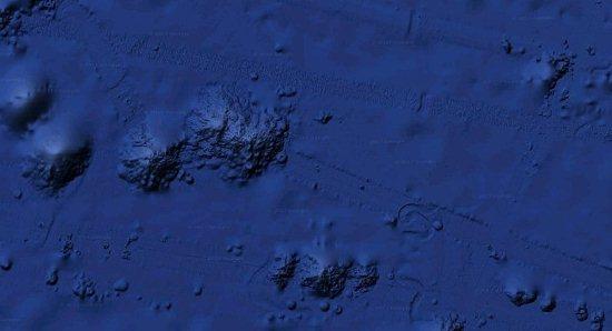 Bí ẩn vật thể to như quả núi đang bò dưới đáy Thái Bình Dương 1