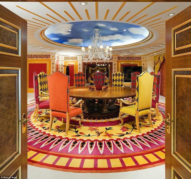 Tiện ích xa xỉ bậc nhất tại phòng khách sạn 500 triệu/đêm 4