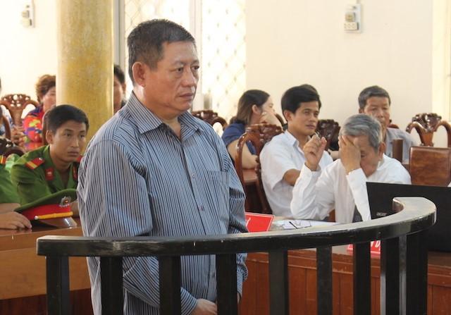 Trung tá Campuchia bắn chết chủ tiệm vàng An Giang lãnh 25 năm tù 1