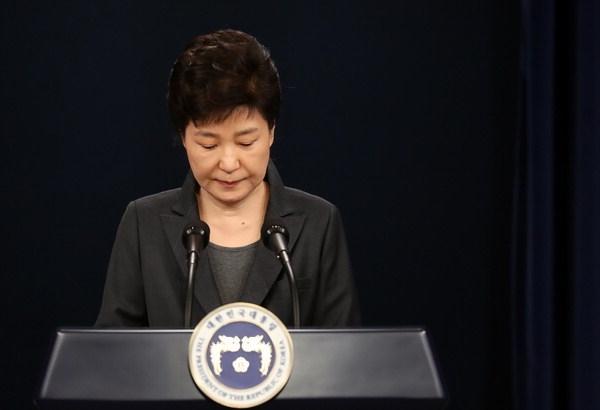 Tổng thống Hàn Quốc Park Geun-hye bị phế truất 1