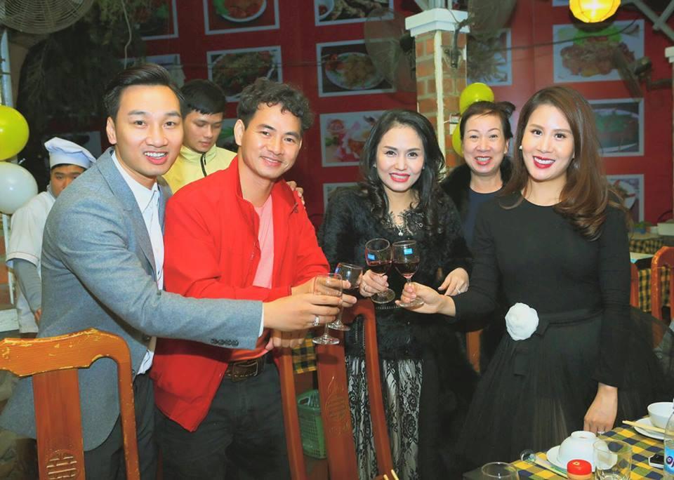 Giải trí - Sau đám cưới, Thành Trung MC tổ chức sinh nhật hoành tráng cho vợ