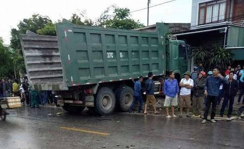 TNGT nghiêm trọng: 6 người tử vong trên một cung đường 2