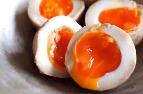 Những sai lầm bạn không bao giờ được mắc khi ăn trứng gà 1