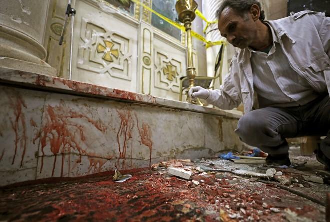 Ai Cập: Đánh bom kinh hoàng tại hai nhà thờ, hơn 100 người thương vong 1