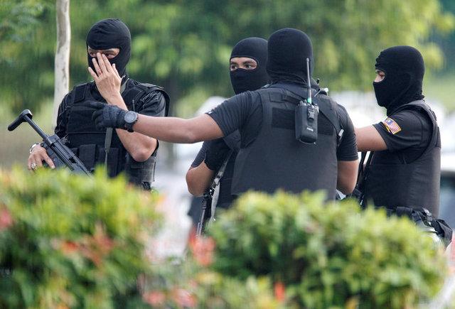 Đoàn Thị Hương mặc áo chống đạn ra tòa, không muốn bố tham dự phiên xử 3