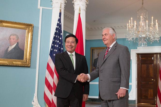 Tổng thống Trump mời Thủ tướng Nguyễn Xuân Phúc thăm Hoa Kỳ 1