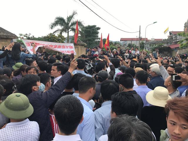 19 cán bộ, công an bị bắt giữ ở Đồng Tâm được thả 1