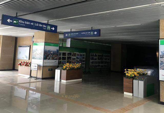 Cận cảnh đoàn tàu và nhà ga mẫu tuyến đường sắt Cát Linh - Hà Đông 2