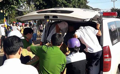 Hiện trường vụ tai nạn thảm khốc ở Gia Lai, 11 người chết 9