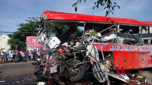 Nguyên nhân ban đầu vụ tai nạn khiến 13 người thiệt mạng ở Gia Lai 1