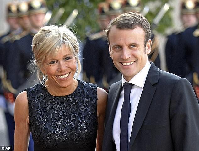 Lý do tân tổng thống Pháp và vợ hơn 24 tuổi không có con chung 1