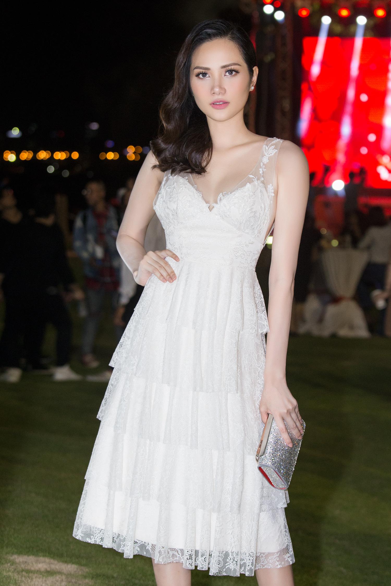 Hoa hậu Đông Nam Á Diệu Linh tự lái xe tiền tỷ đi sự kiện 4