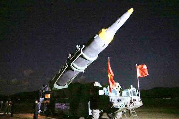 Triều Tiên công bố loạt ảnh vụ thử tên lửa thành công nhất 1