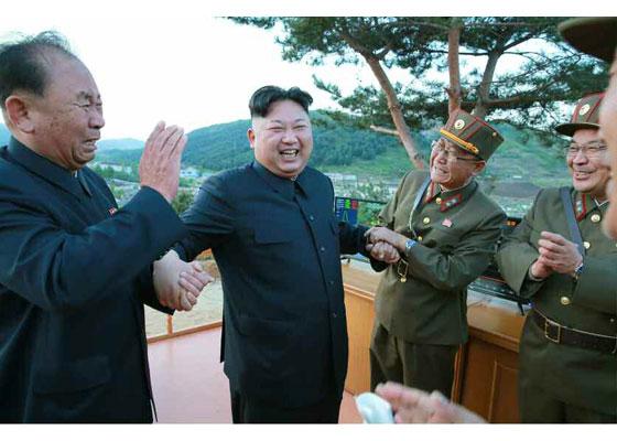 Triều Tiên công bố loạt ảnh vụ thử tên lửa thành công nhất 6