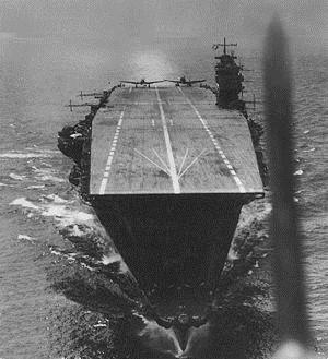 5 tàu sân bay hùng mạnh nhất mọi thời đại 3