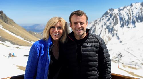 Cựu thủ tướng Italy ví tổng thống Pháp và vợ như hai mẹ con 1