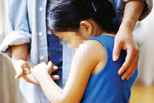 Từ 1/7, đăng ảnh trẻ em trên 7 tuổi lên mạng xã hội phải xin phép 1