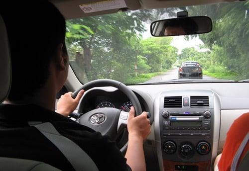 9 lưu ý giúp bạn tiết kiệm xăng khi lái ô tô 1