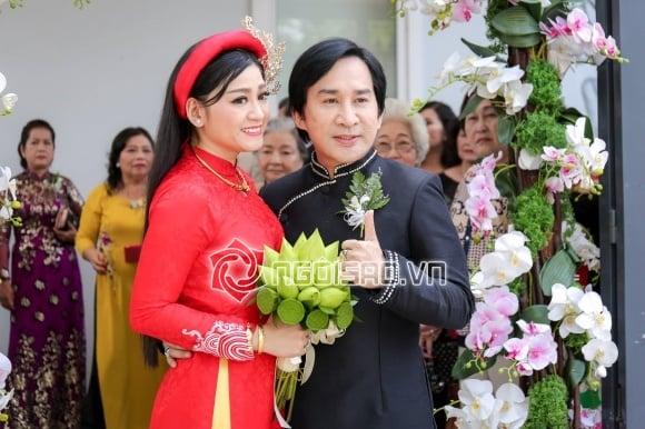 Hình ảnh Kim Tử Long cùng 2 người vợ rạng rỡ đưa con gái về nhà chồng số 1
