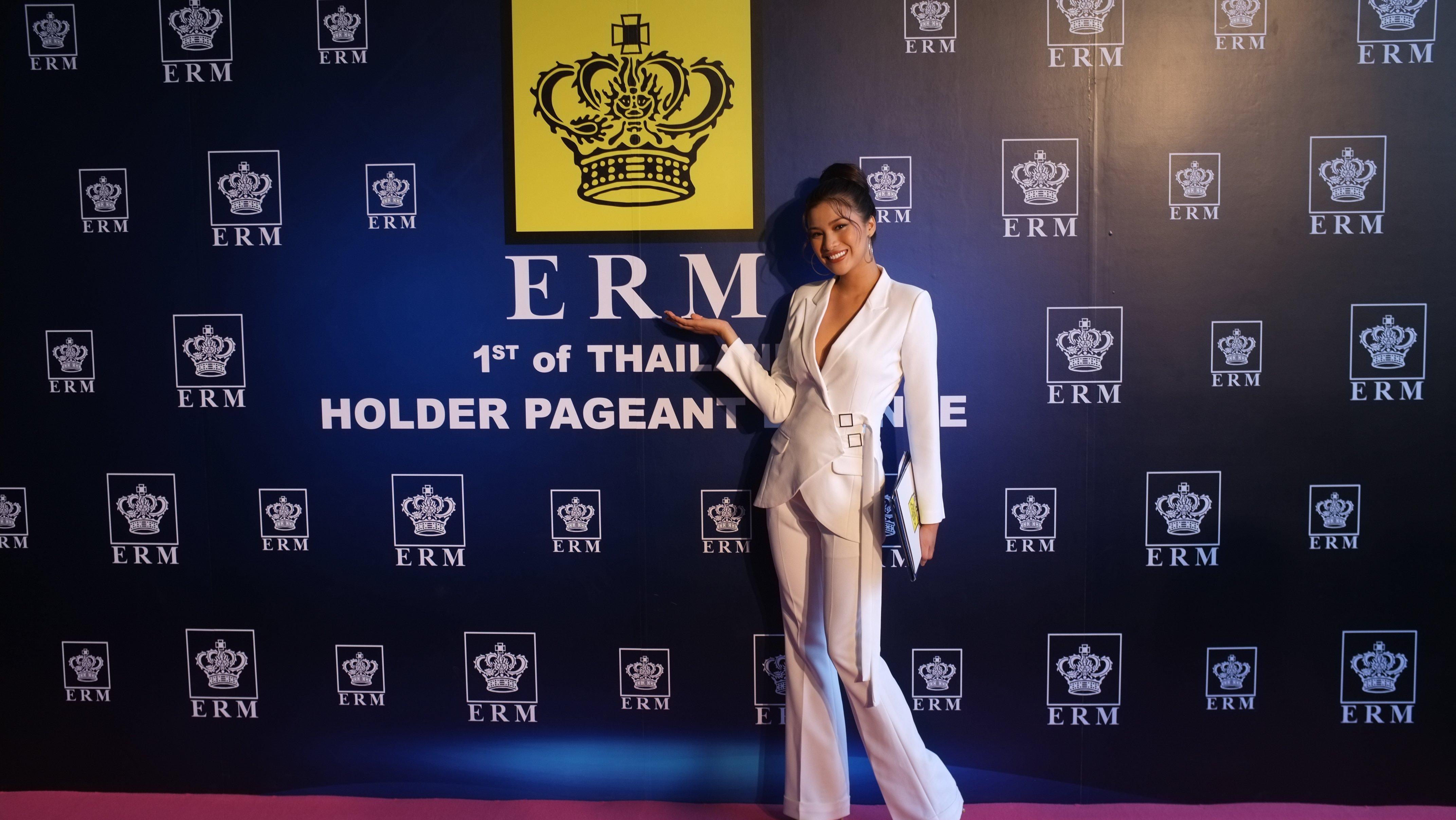 Sau scandal thi chui, Nguyễn Thị Thành rạng rỡ chuẩn bị tới Cannes 8