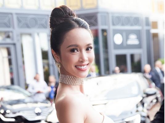 Giải trí - Chỉ 2 phút trên thảm đỏ Cannes, Vũ Ngọc Anh ghi dấu ấn với nhan sắc nữ thần