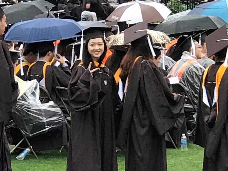Hoa hậu Giáng My tự hào khoe con gái tốt nghiệp đại học bên Mỹ 4