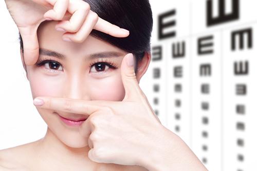 Những thói quen âm thầm tàn phá đôi mắt của bạn 4