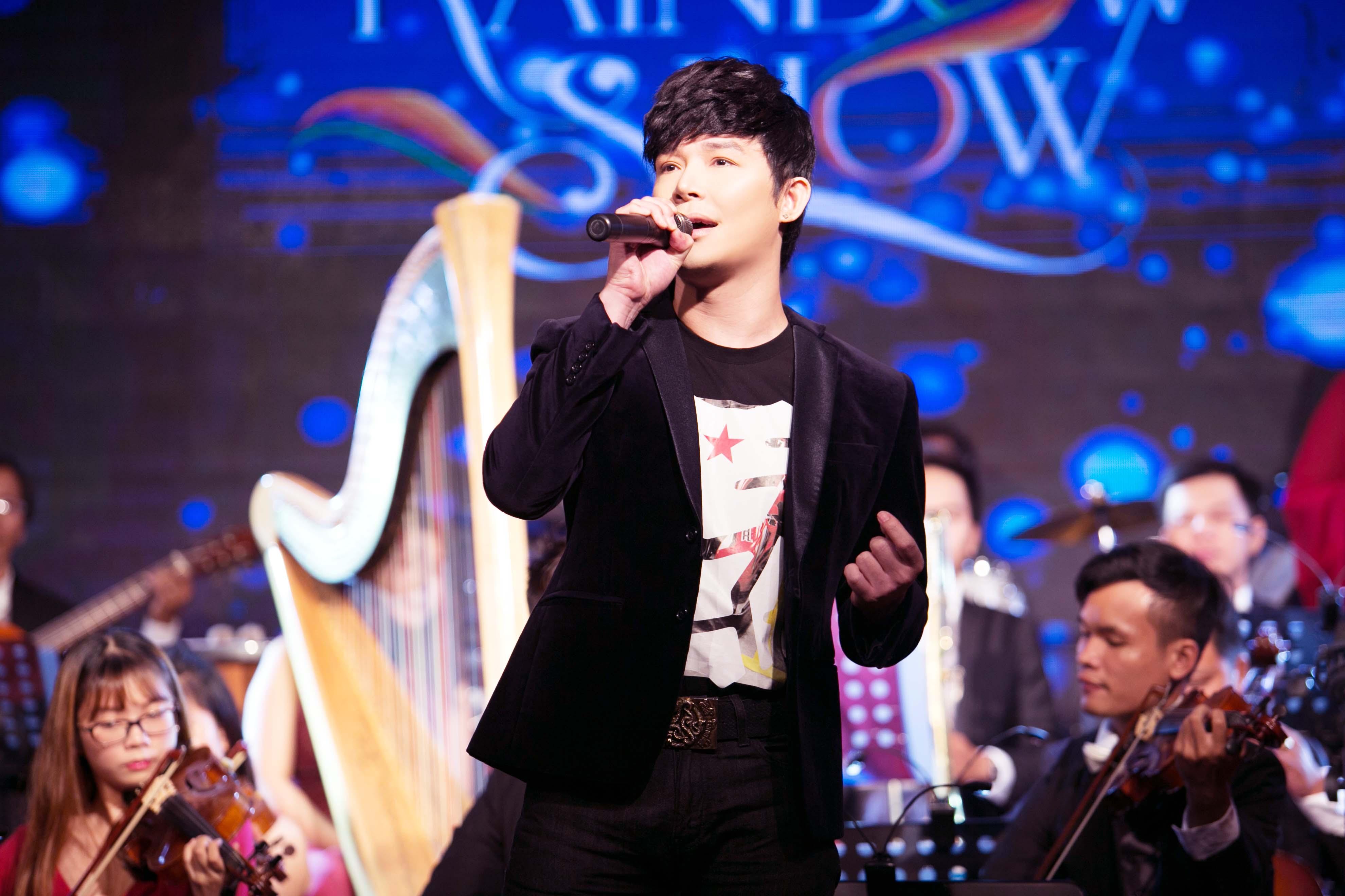 Giải trí - Con trai đại sứ Trương Triều Dương chứng tỏ đẳng cấp