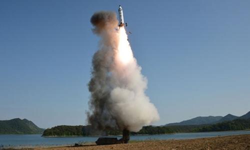 Trump nói Triều Tiên thử tên lửa là đại bất kính với Trung Quốc 1