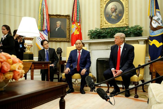 Cuộc hội đàm đầu tiên giữa Thủ tướng Nguyễn Xuân Phúc và Tổng thống Mỹ Donald Trump 3