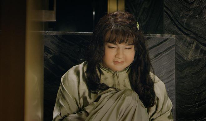 Không thể tin cô gái vừa béo, vừa xấu này là Minh Hằng 1