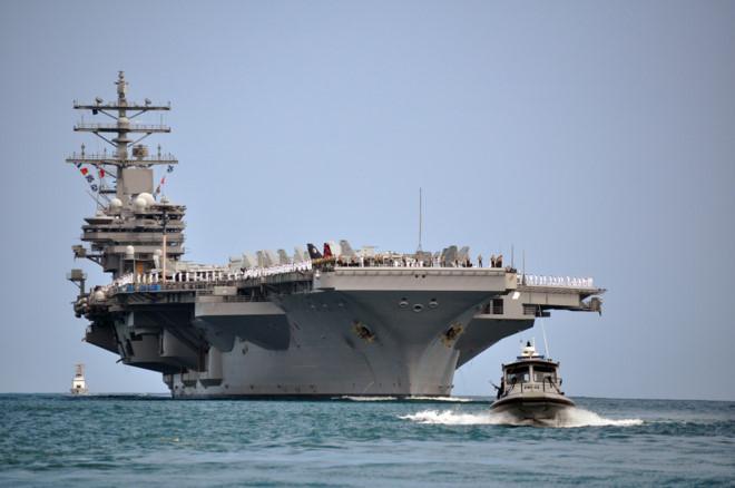 Mỹ xem xét đưa tàu sân bay tới thăm cảng Việt Nam 1