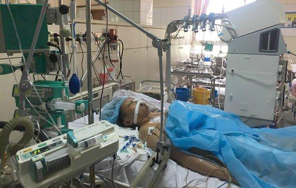Vụ 7 người chết sau chạy thận: Bệnh nhân còn sống đang suy 6 tạng 1