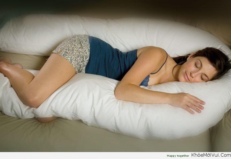 Nằm ngủ nghiêng bên trái và những tác dụng không ngờ 2