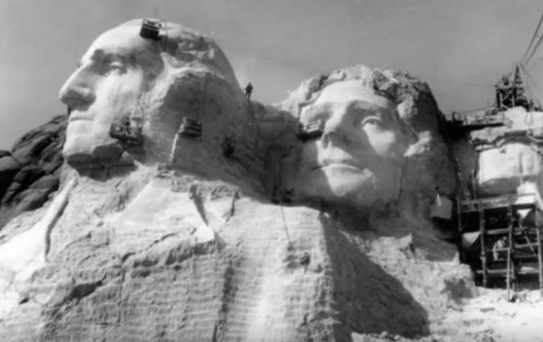 Những bức ảnh hiếm trong lịch sử 100 năm qua 4