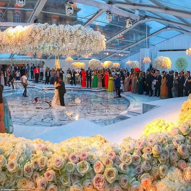 Đám cưới sang chảnh của con trai tỷ phú da màu giàu nhất thế giới 2