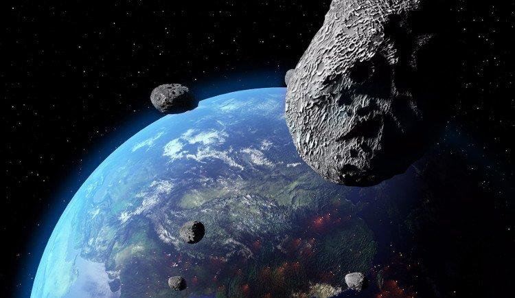 Hình ảnh NASA phát hiện 10 tiểu hành tinh có khả năng đâm vào Trái Đất số 1