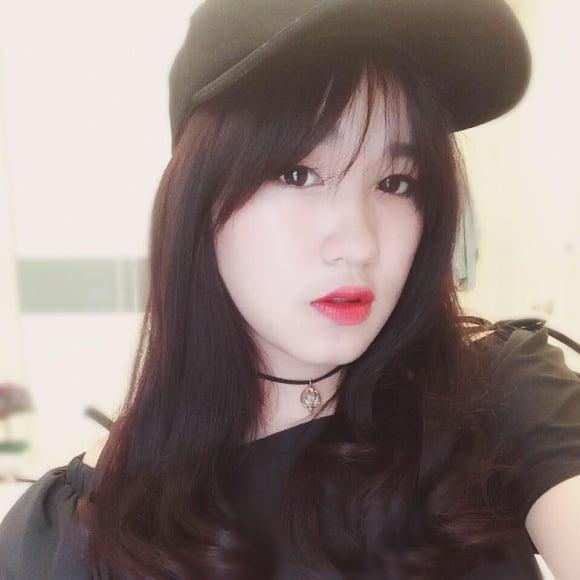 Cô con gái xinh như hot girl ít biết của nghệ sĩ Kim Tử Long 2