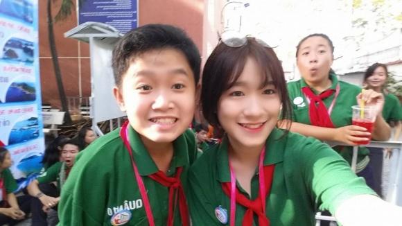 Cô con gái xinh như hot girl ít biết của nghệ sĩ Kim Tử Long 7