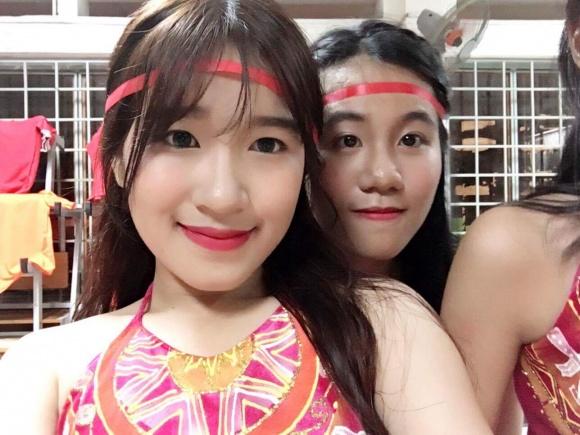 Cô con gái xinh như hot girl ít biết của nghệ sĩ Kim Tử Long 8