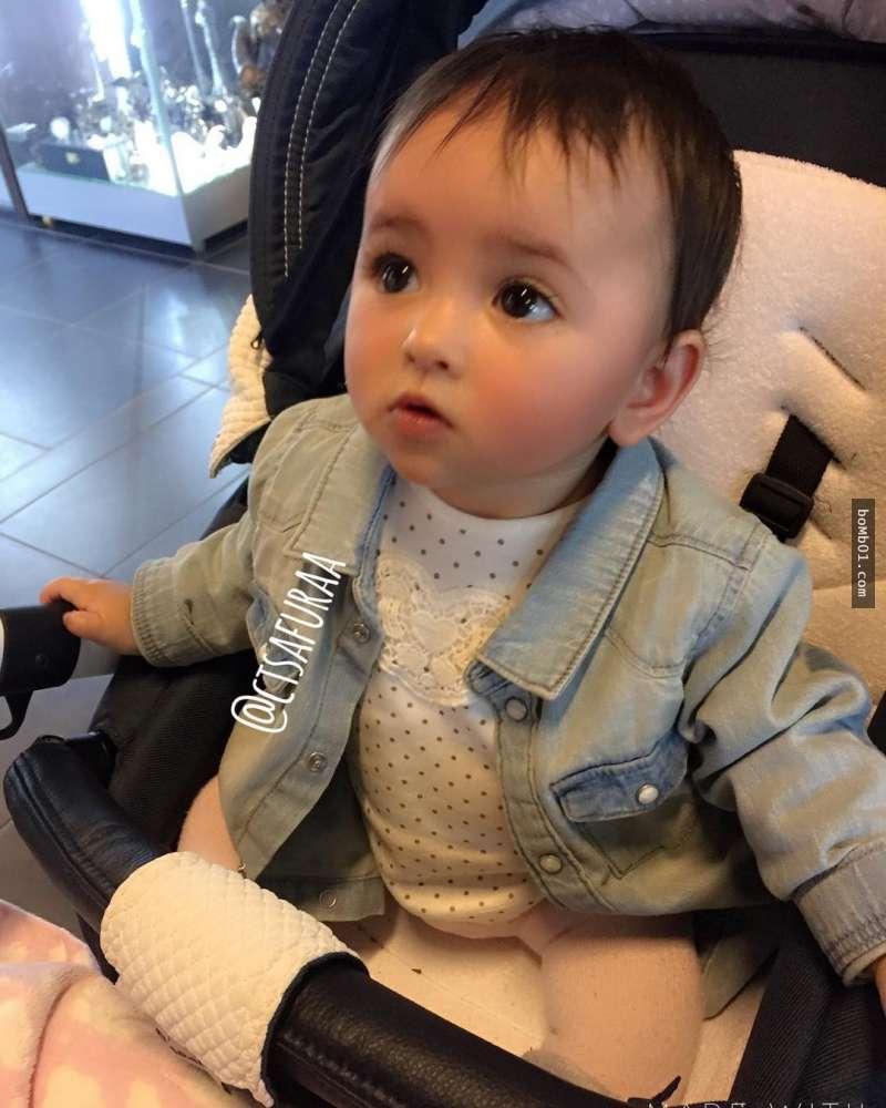 Hình ảnh Em bé đẹp nhất thế giới khiến nhiều người ngỡ ngàng sau 3 tháng số 10
