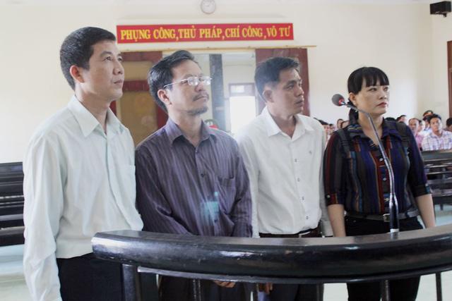 Nguyên giám đốc Sở Thông tin Phú Yên lĩnh án 1