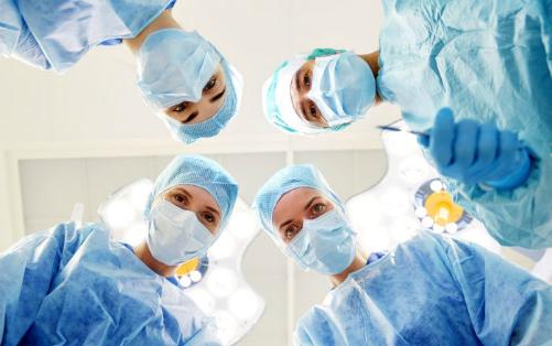 Hy hữu bệnh nhân chết đi sống lại hơn 30 lần trong ca mổ 1