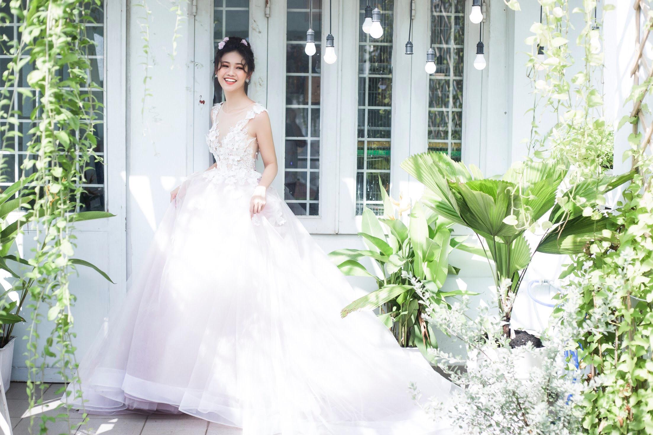Á hậu  Ngô Thanh Thanh Tú bỗng hóa cô dâu vạn người mê 9
