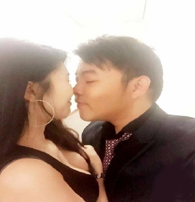 Quang Lê lên tiếng trước scandal lộ ảnh giường chiếu với bạn gái 9x 2