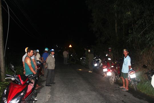 Bị đâm tử vong giữa đường vì nẹt pô xe máy 1